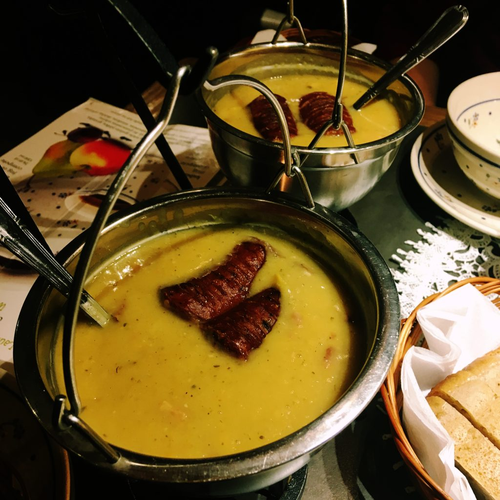 experiente culinare polonia, Experiente culinare Polonia: Vodka, Bere și Pierogi